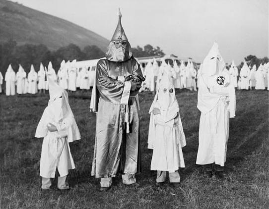 Children_with_Dr._Samuel_Green,_Ku_Klux_Klan_Grand_Dragon,_July_24,_1948