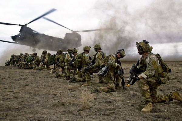 US Army Rangers & UH-47